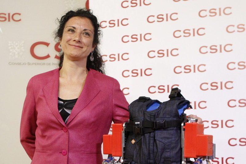 Elena García científica exoesqueleto