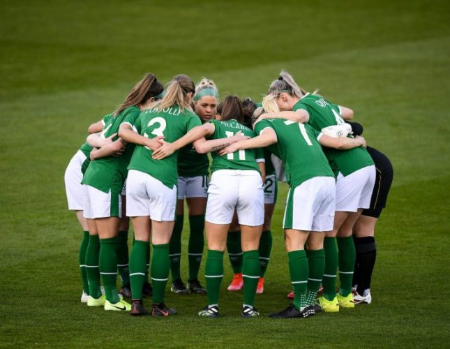 futbolistas Irlanda salario