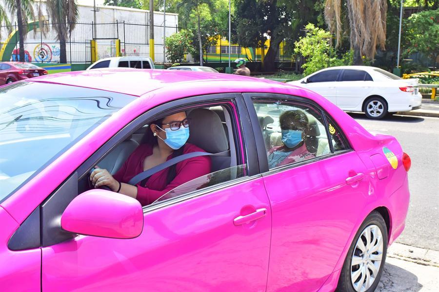 taxis rosados mujeres Honduras