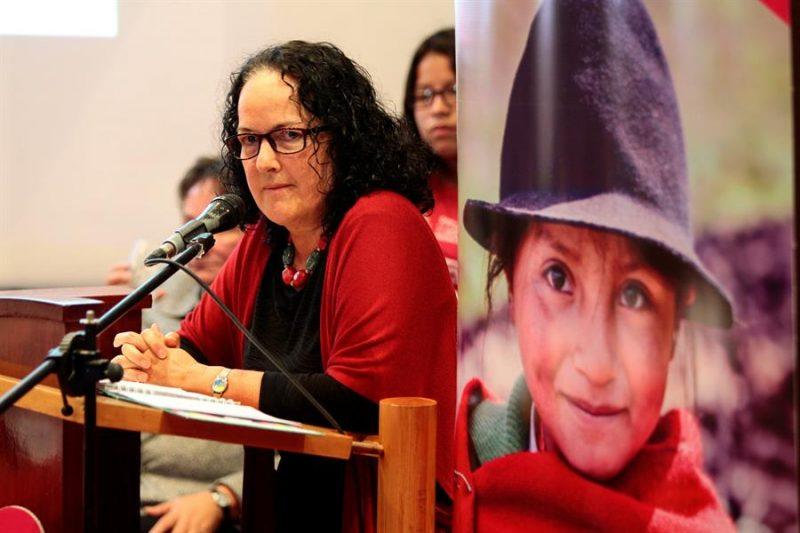 violencia línea niñas Ecuador